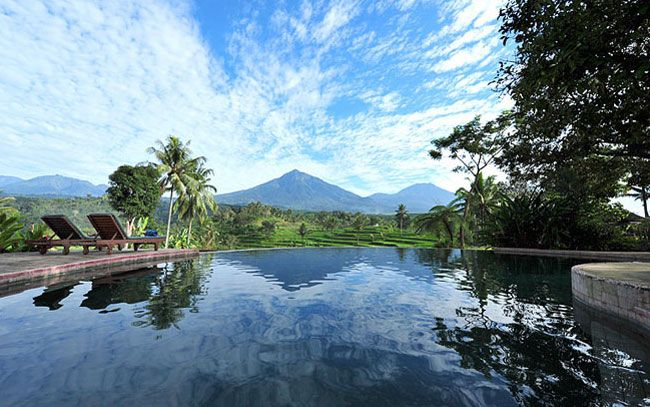 View across the pool, Ijen Resort & Villas