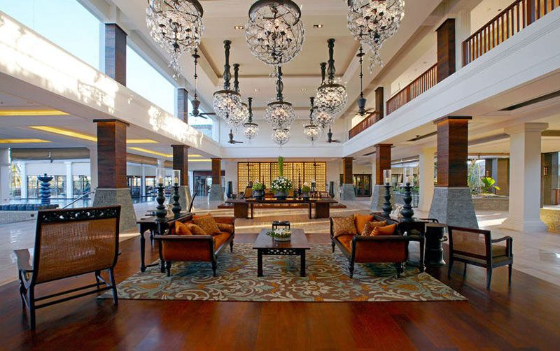 St Regis Bali Resort lobby