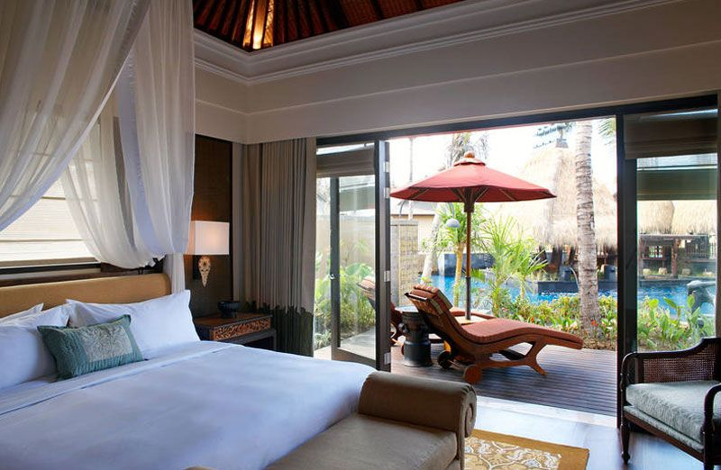 St Regis Bali Resort pool suite