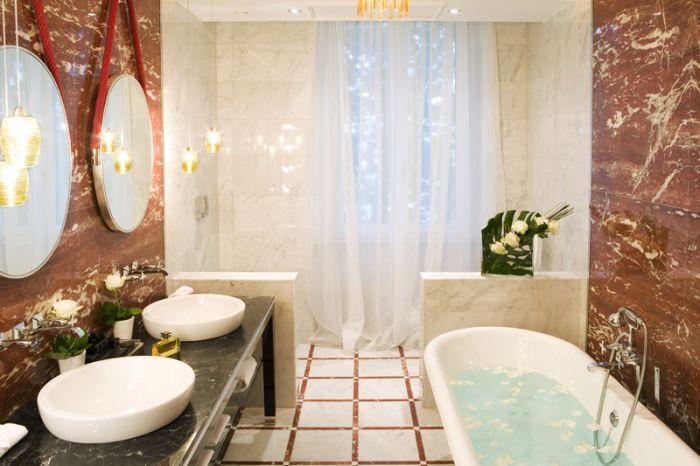 Regina Hotel Baglioni bathroom