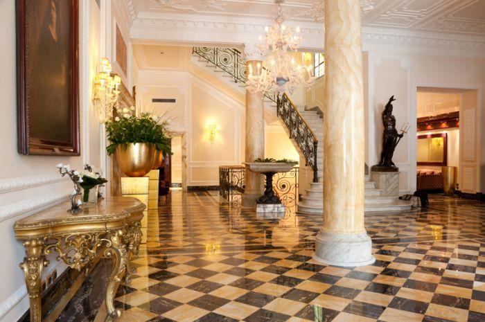 Regina Hotel Baglioni lobby