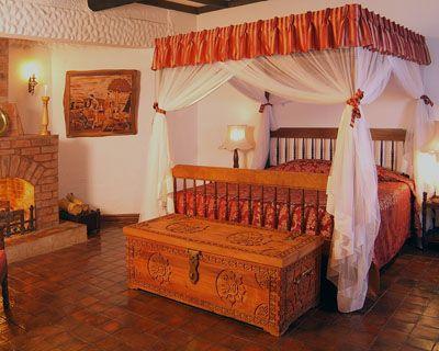 Kiangazi House, bedroom