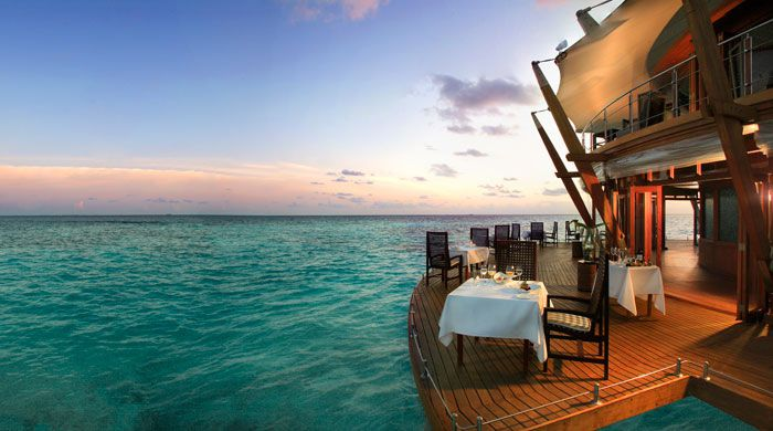 Lighthouse Restaurant, Baros Maldives