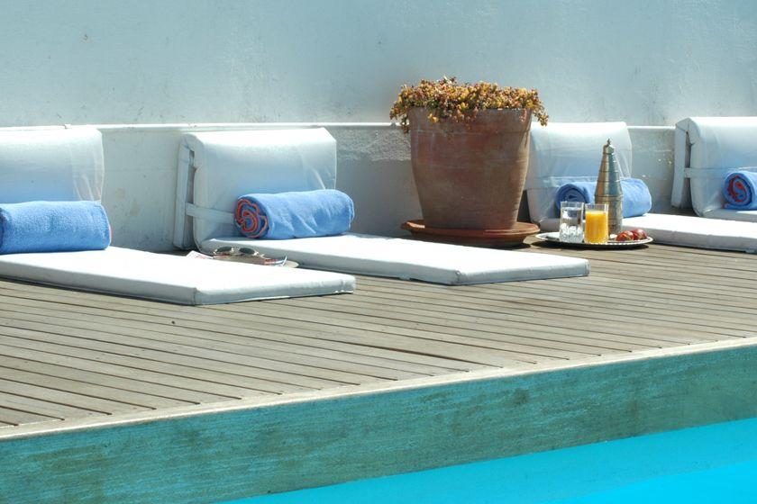 Hotel Heure Bleue, Pool