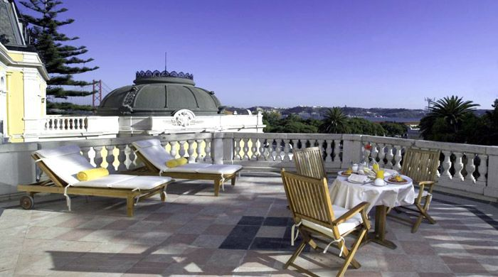 Al fresco dining at Pestana Palace, Lisbon, Portugal