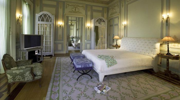 Guest room, Pestana Palace, Lisbon, Portugal