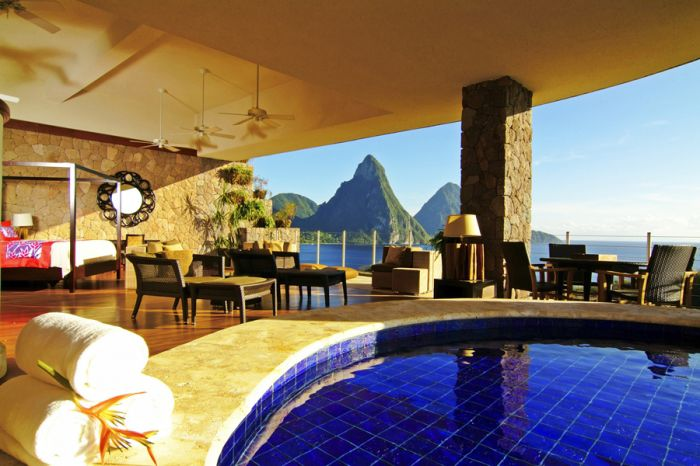 Jade Mountain interior