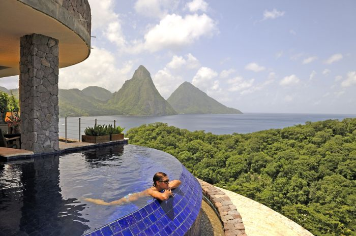 Jade Mountain plunge pool