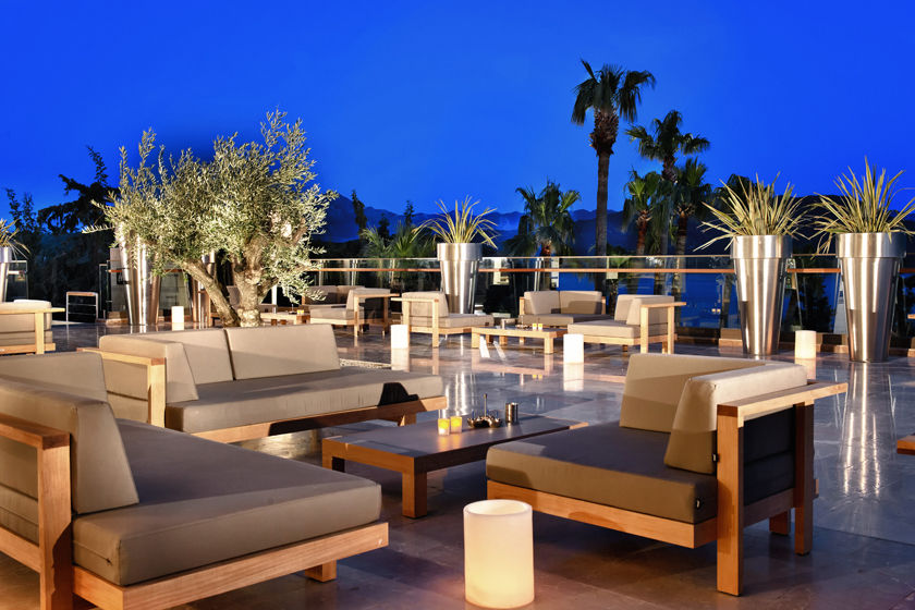 One of seven hotel bars at D-Hotel Maris, Turkey
