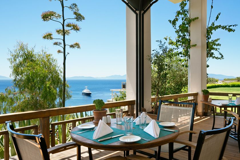 Dining at Kempinski Hotel, Barbaros Bay