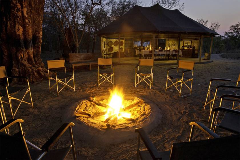 Little Makalolo Camp, Zimbabwe - image by Dana Allen