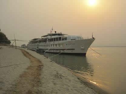 Road to Mandalay riverboat at sunset