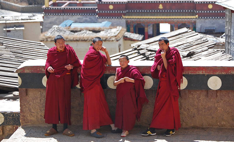 Yunnan Monks