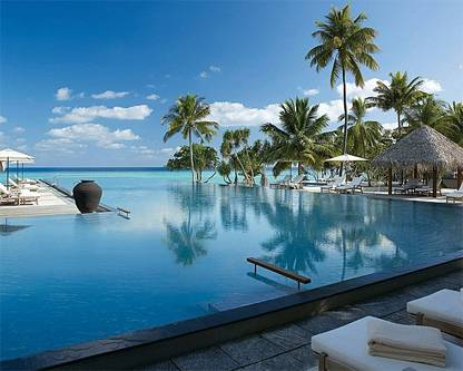 Pool at the Four Seasons